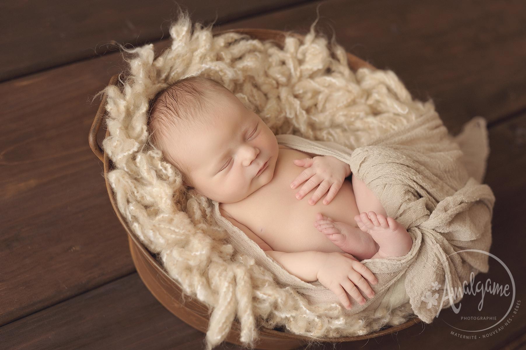 Importance du toucher chez le bébé, Vimala McClure | Cocoon Bien Naître